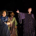 Alonso (R Even--Feracci) et Prospero (P Grenier) dans La Tempête